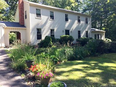 Southbury Single Family Home For Sale: 20 Gate Post Lane