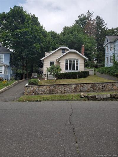 Danbury Single Family Home For Sale: 59a Jefferson Avenue