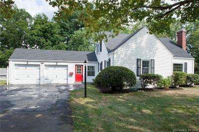 Simsbury Single Family Home For Sale: 8 Northfield Road