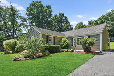 Berlin CT Single Family Home For Sale: $274,900