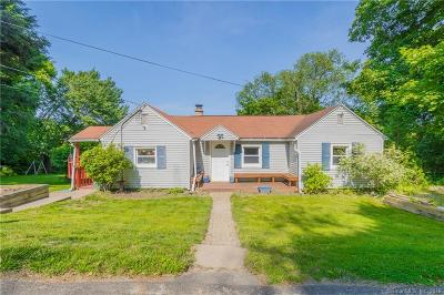 Watertown CT Single Family Home For Sale: $209,000