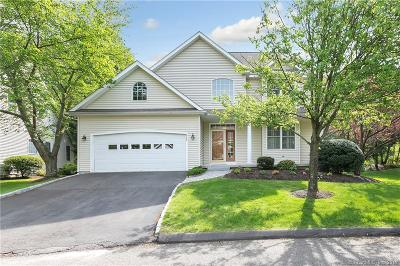 Trumbull Single Family Home For Sale: 222 Fitch Pass