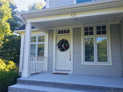 Suffield Single Family Home For Sale: 12 Willow Creek Avenue
