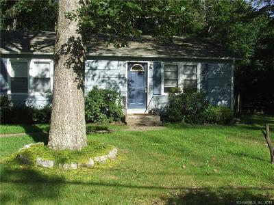 Marlborough Single Family Home For Sale: 7 Caffyn Drive