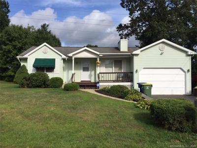 Waterbury Single Family Home For Sale: 137 Heritage Drive