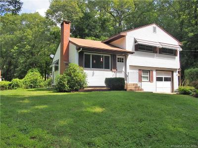 Coventry Single Family Home For Sale: 124 Old Oak Trail