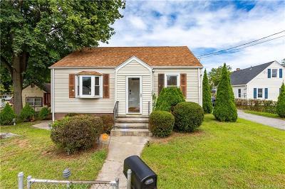 Bridgeport Single Family Home For Sale: 196 Trumbull Avenue