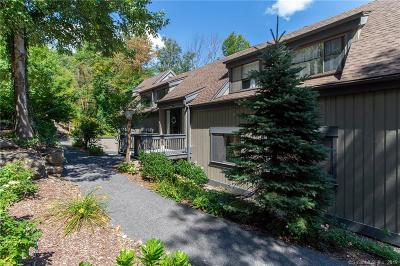 Southbury Condo/Townhouse For Sale: 241 Heritage Village #D