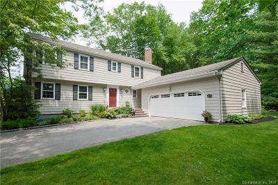West Hartford Single Family Home For Sale: 56 Fox Chase Lane