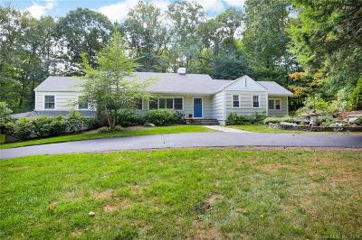 Stamford Single Family Home For Sale: 90 Pond Road