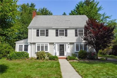 West Hartford Single Family Home For Sale: 32 Fernwood Road