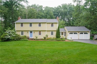 Simsbury Single Family Home For Sale: 9 Ox Yoke Drive