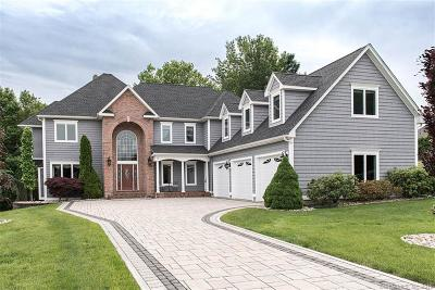 Rocky Hill Single Family Home For Sale: 18 Whitewood Drive