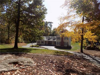 BROOKFIELD Single Family Home For Sale: 20 Aramon Circle
