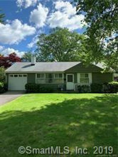 Stamford Single Family Home For Sale: 16 Kenilworth Drive West