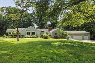 New Haven County Single Family Home For Sale: 18 Overhill Road
