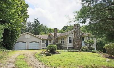 Trumbull Single Family Home For Sale: 3000 Nichols Avenue