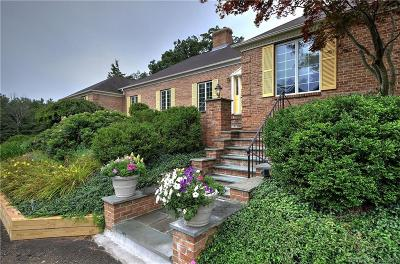 New Haven County Single Family Home For Sale: 123 Litchfield Turnpike