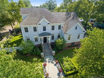 Fairfield Single Family Home For Sale: 108 Colonial Drive