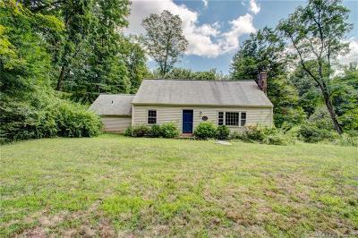 Simsbury Single Family Home For Sale: 113 Hedgehog Lane