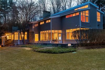 West Hartford Single Family Home For Sale: 5 Stonebridge Lane