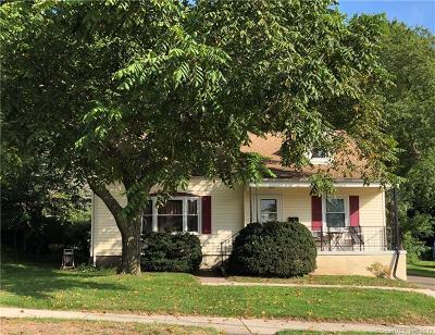 Hamden Single Family Home For Sale: 156 London Drive