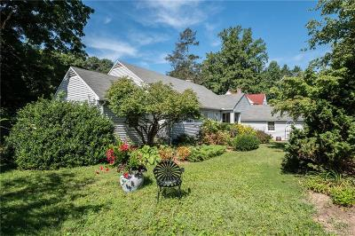 Watertown Single Family Home For Sale: 44 Hillcrest Avenue
