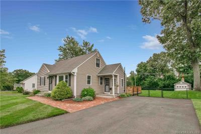 Enfield Single Family Home For Sale: 18 Moon Street