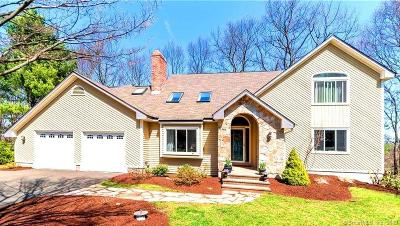 Farmington Single Family Home For Sale: 44 Walnut Farms Drive