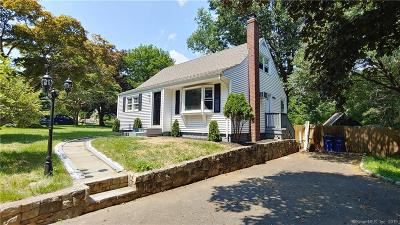 Bridgeport Single Family Home For Sale: 50 Oxbrook Road