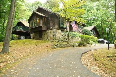 Fairfield County Single Family Home For Sale: 8 South Trail