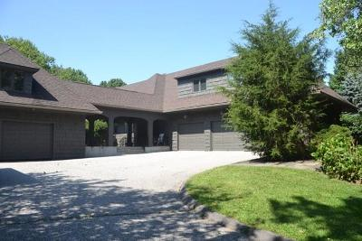 Trumbull Single Family Home For Sale: 19 Old Dairy Road