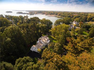 Fairfield County Single Family Home For Sale: 1 Belle Haven Place