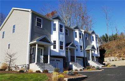 Newtown Condo/Townhouse For Sale: 10 Ardi Court #10