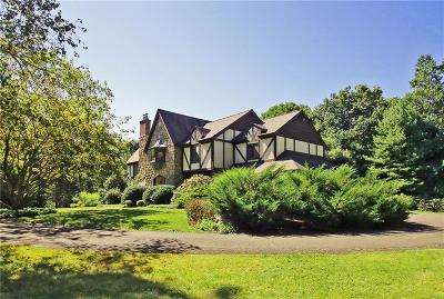 Redding Single Family Home For Sale: 15 Tunxis Trail