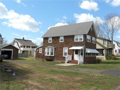 Milford CT Single Family Home For Sale: $386,500