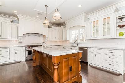 Easton Single Family Home For Sale: 32 Lobdell Lane