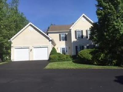 Fairfield Condo/Townhouse For Sale: 33 Commonwealth Drive #33
