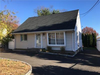 Fairfield Single Family Home For Sale: 975 Knapps Highway