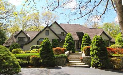 Shelton Single Family Home For Sale: 94 Blueberry Lane