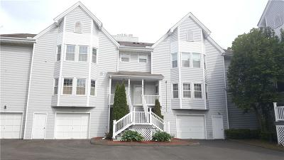 Milford CT Condo/Townhouse For Sale: $159,900