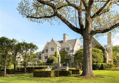 Fairfield County Single Family Home For Sale: 15 Reynwood Manor