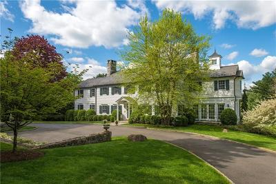 Fairfield County Single Family Home For Sale: 538 Round Hill Road