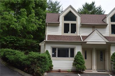 Meriden Condo/Townhouse For Sale: 795 West Main Street #A
