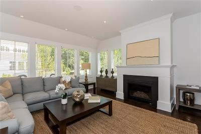 Darien Condo/Townhouse For Sale: 72 Kensett Lane