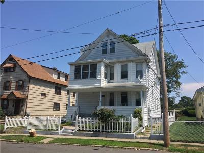 Stratford Multi Family Home For Sale: 146 Clover Street