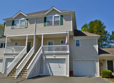 Newtown Condo/Townhouse For Sale: 10 Trout Brook Circle #10