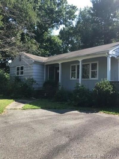 Milford CT Single Family Home For Sale: $225,000