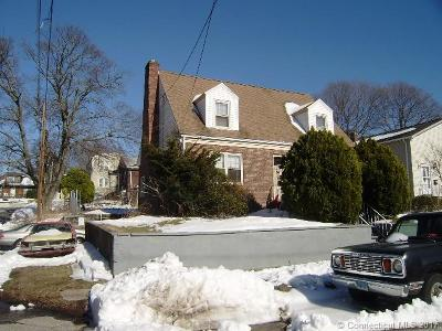 Milford CT Single Family Home For Sale: $173,500