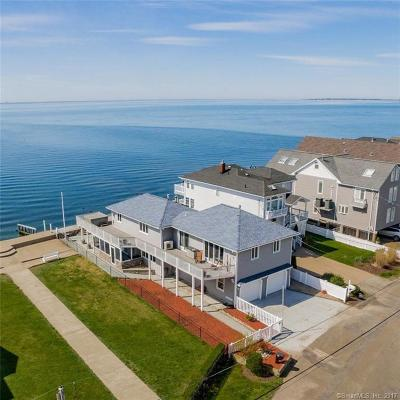 Milford Single Family Home For Sale: 33 Point Beach Drive